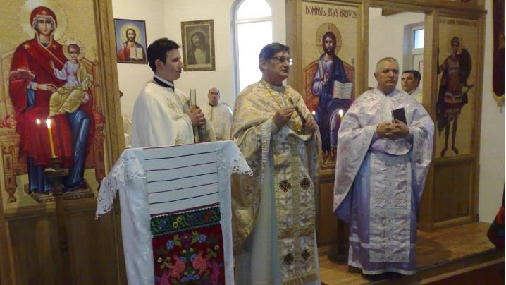 Foto: Instalarea noului preot-paroh la Bucerdea Grânoasă