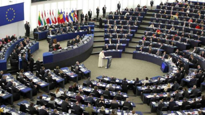 Între cer şi pământ destinul Europei