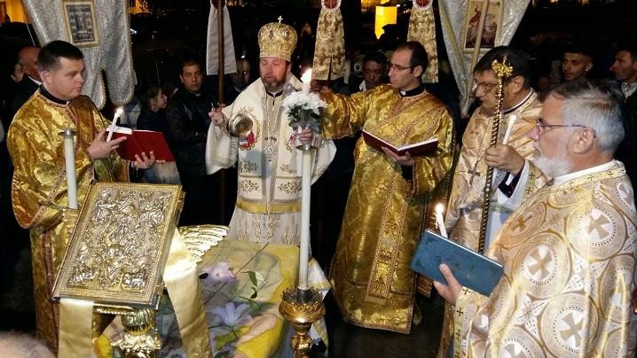 """FOTO: Slujba Învierii la Catedrala """"Sfânta Treime"""" din Blaj"""