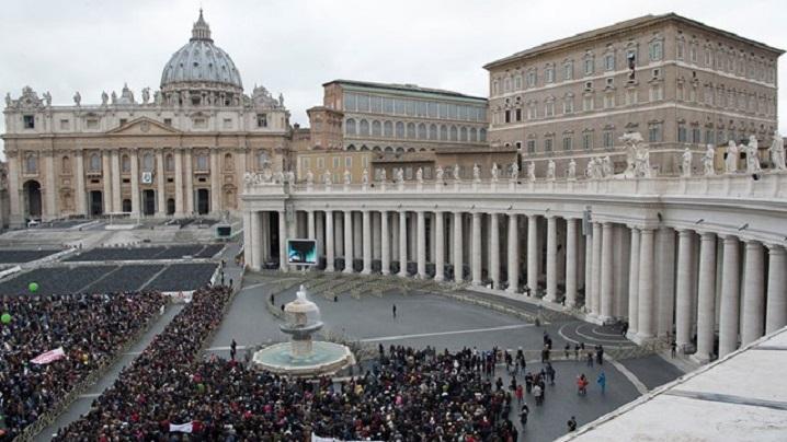 """Invincibila răbdare a lui Isus cu cei păcătoși: papa Francisc, la """"Angelus"""""""