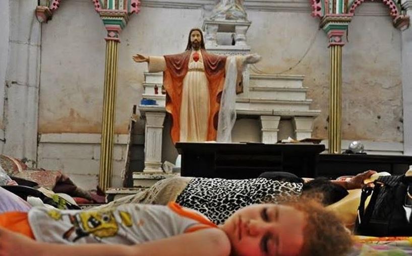 Papa Francisc a trimis un milion de dolari pentru ajutorarea refugiaților irakieni