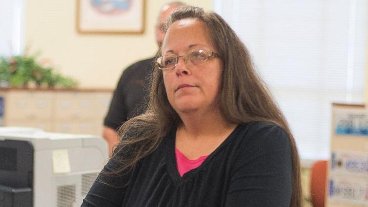 Kim Davis, funcţionara care refuză să elibereze certificate de căsătorie pentru homosexuali, a fost eliberată din arest
