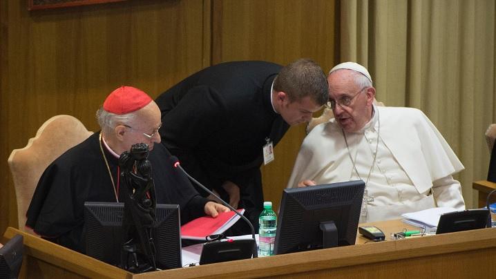 Sinodul Episcopilor: Tânăr greco-catolic român în preajma Papei