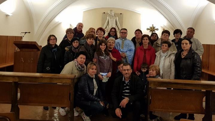 """Membri ai Asociației """"Inocentiu Micu-Klein"""" în pelerinaj la Loreto"""