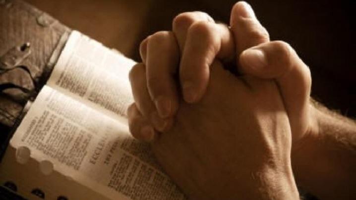 Cinci rugăciuni din Biblie pentru eliberare