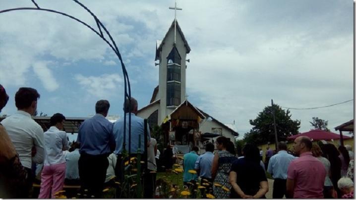LIVE: Hramul Mănăstirii Greco-Catolice a Părinţilor Bazilieni din Prilog