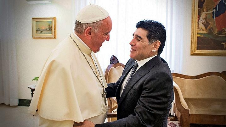 Papa Francisc îl aminteşte în rugăciune pe Diego Armando Maradona
