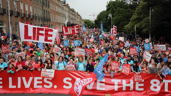 Foto: 80.000 de persoane la Marșul pentru Viață din Irlanda