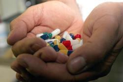 Sfântul Scaun solicită accesul popoarelor sărace la medicamente