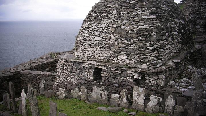 """""""Războiul stelelor"""" pe insula călugărilor irlandezi"""