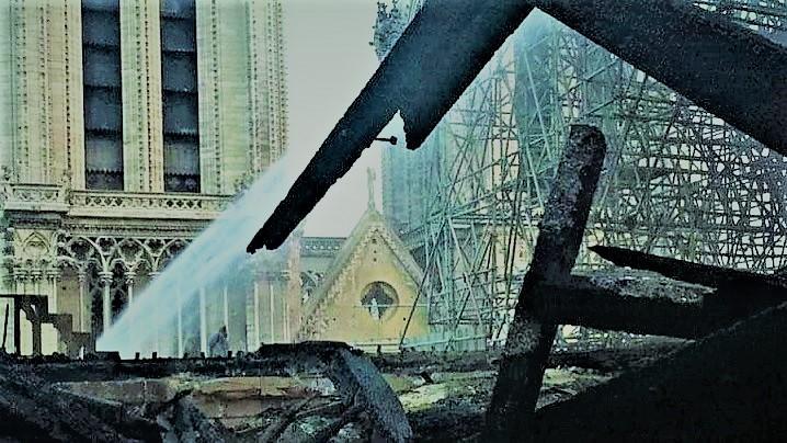 Notre-Dame: imaginile din interiorului Catedralei după incendiu