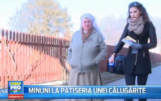 O călugăriță din Italia, model de urmat în Maramureș. Cum reușește să ajute 50 de fete și băieți