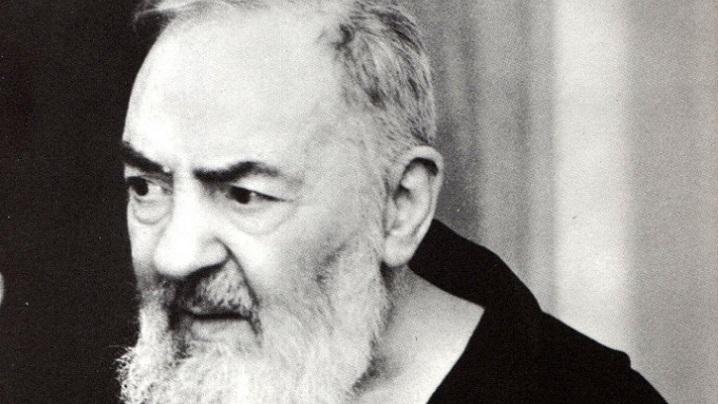 Rugăciunea pe care Padre Pio o recita în fiecare zi pentru persoanele care i se încredințau