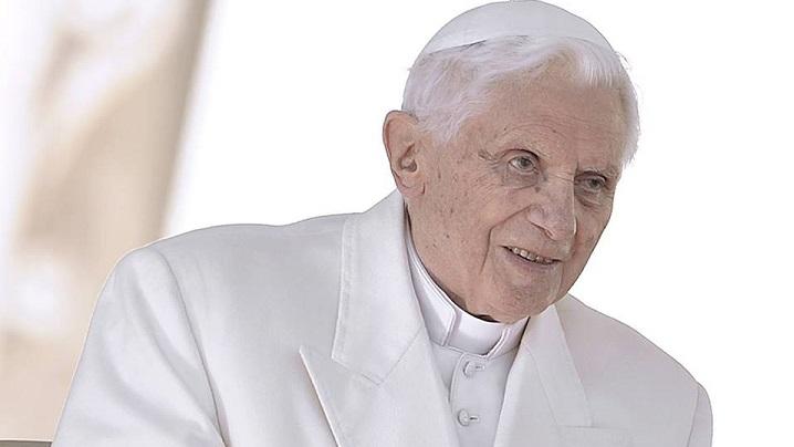 Slujirea prin rugăciune. Interviu cu Benedict al XVI-lea