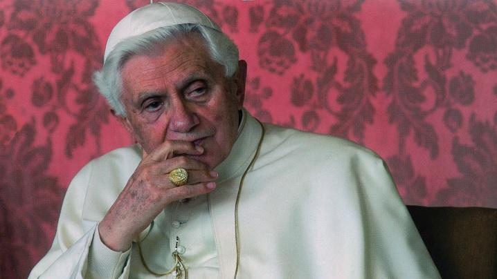 """""""Ultimele convorbiri"""" cu papa Benedict al XVI-lea, în română"""