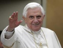 Papa emerit Benedict al XVI-lea împlinește astăzi 86 de ani
