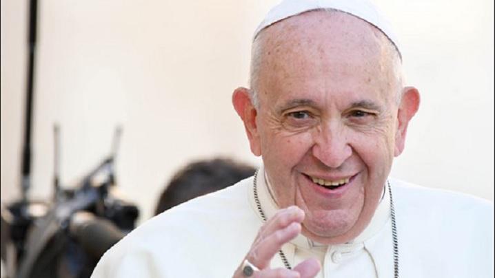 """Papa Francisc: """"Îţi povestesc speranţa"""""""