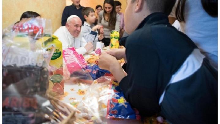 Vinerea milostivirii. Papa la comunitatea SOS din Roma