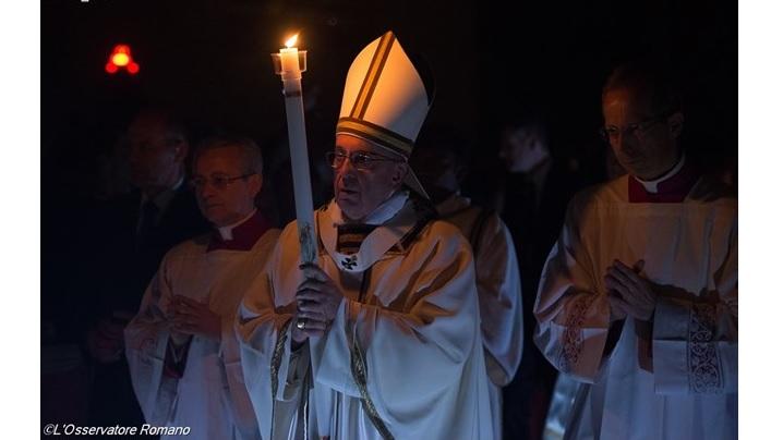Sâmbăta Sfântă și slujba învierii cu papa Francisc
