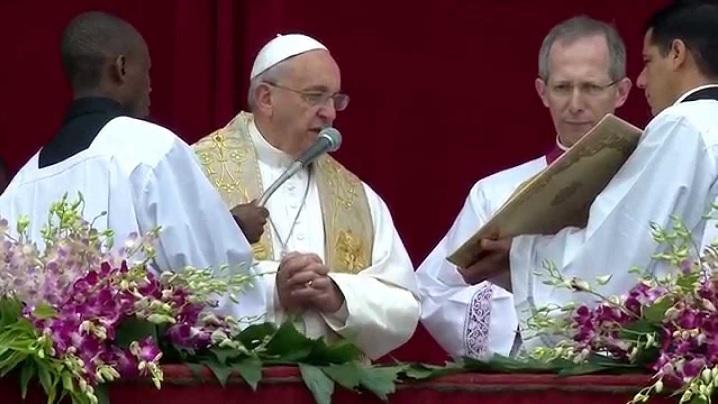 """""""Urbi et Orbi"""". Papa Francisc: Să ne lăsăm reînnoiți de Cristos, speranța și tinerețea lumii!"""