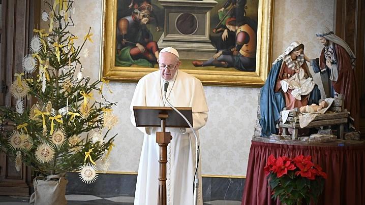 "Papa Francisc proclamă Anul Special ""Familia Amoris Laetitia"""