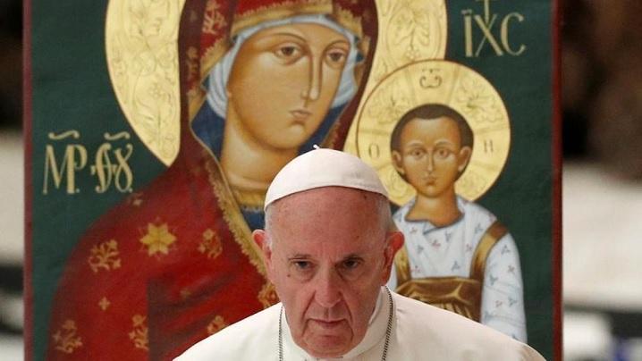 Papa îi încurajează pe preoții greco-catolici căsătoriți: o mărturie exemplară