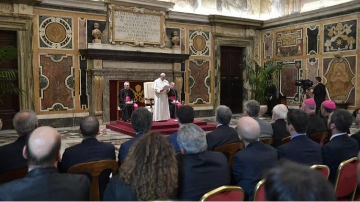 """Arhiva """"Secretă"""" a Vaticanului devine Arhiva """"Apostolică"""" a Vaticanului"""