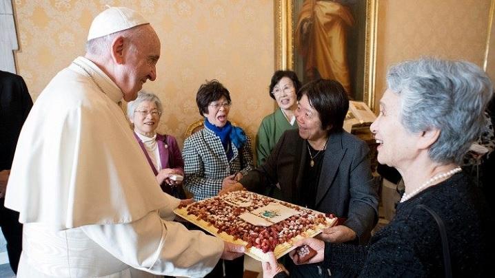 Papa Francisc face o vizită în Thailanda și Japonia