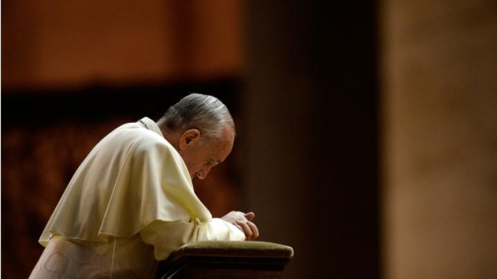 Papa se roagă pentru Ucraina