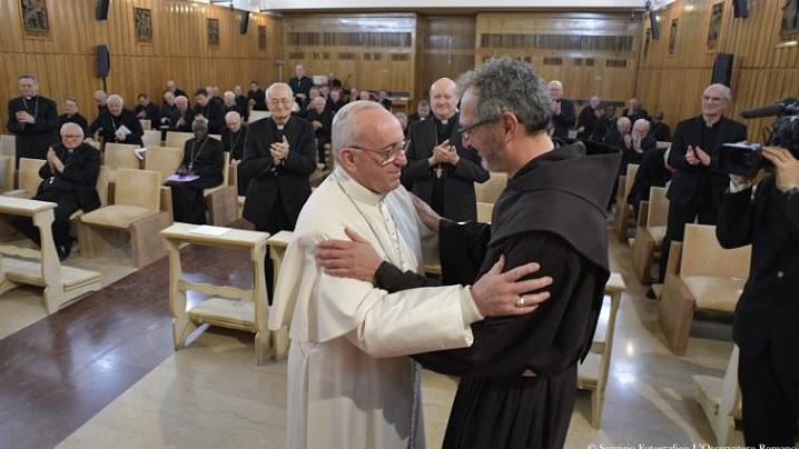 Papa Francisc donează 100 de mii de euro pentru săracii din Alep