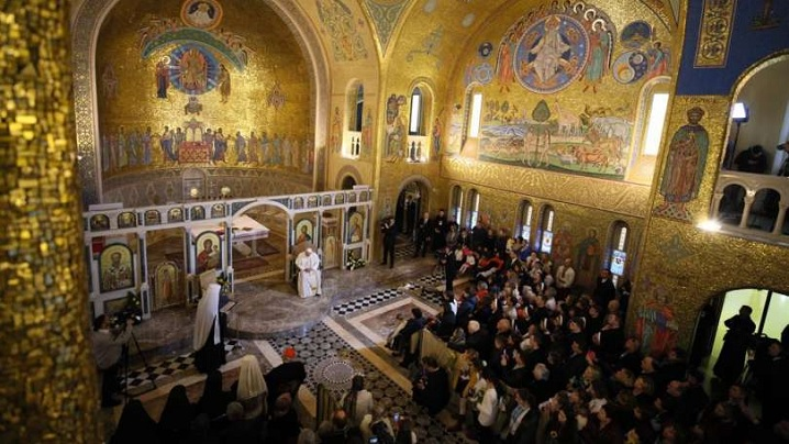 Papa a numit un nou exarh apostolic pentru ucrainenii greco-catolici din Italia