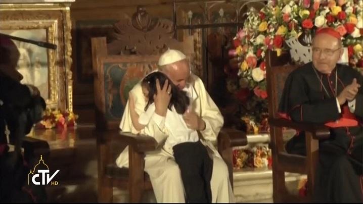 Scrisoarea emoţionantă a unui băieţel bolnav adresată papei