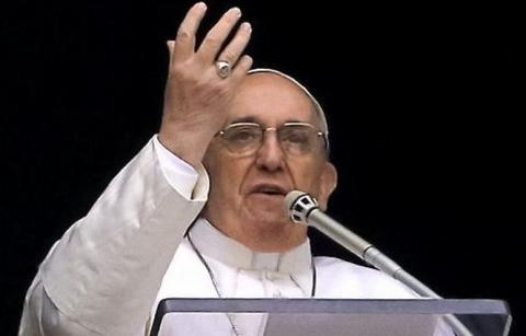 După Angelus, Papa Francisc a amintit de beatificarea Mons. Ghika
