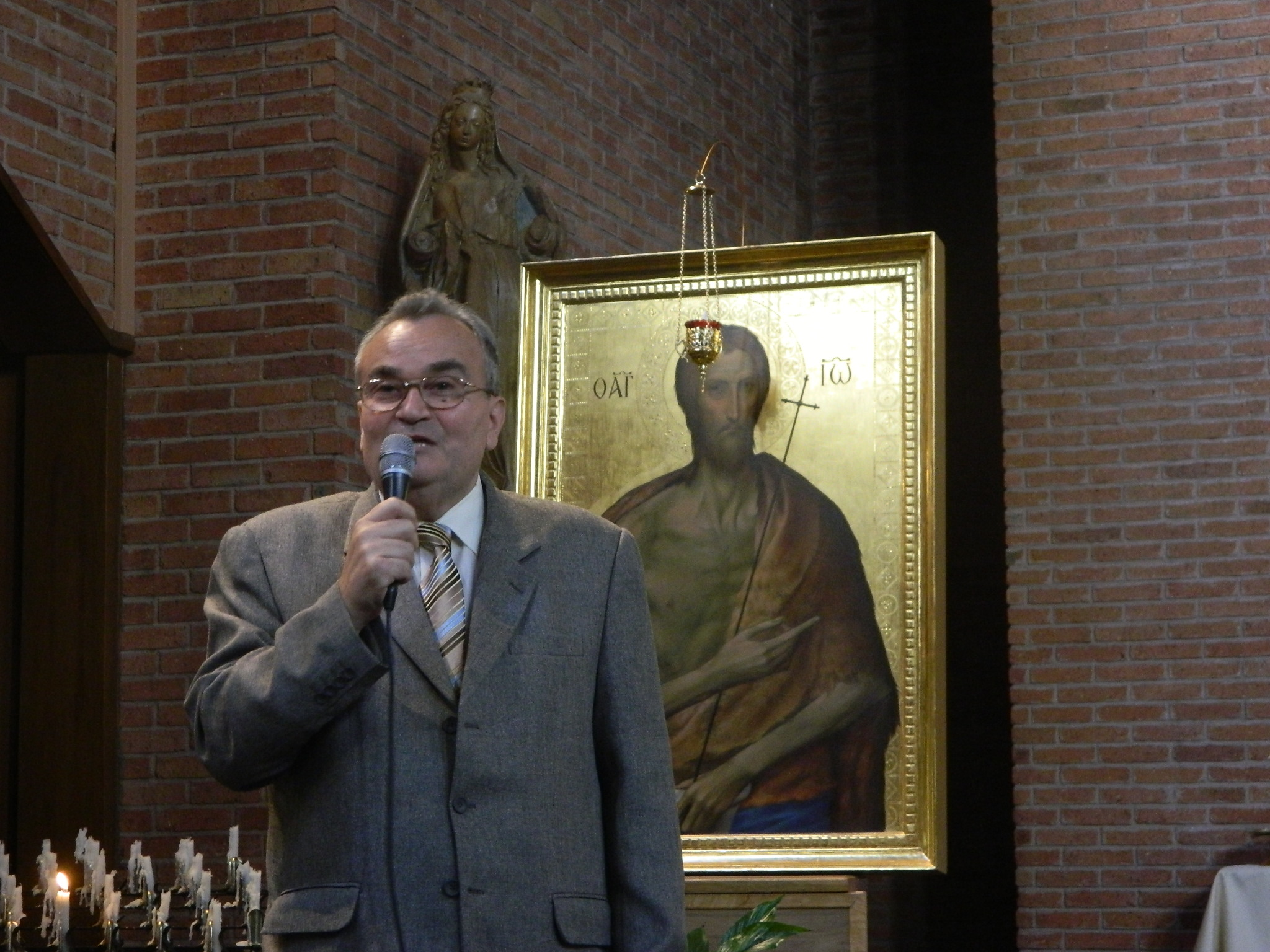 Ştiinţă, conştiinţă şi credinţă. Conferinţă la Misiunea Greco-Catolică din Paris