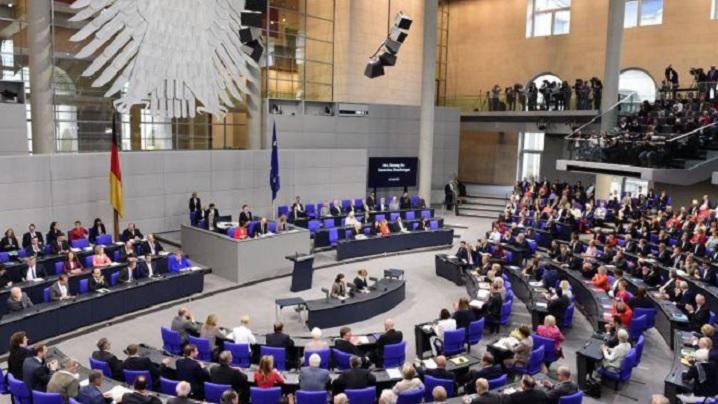 Germania a legalizat căsătoriile dintre persoane de același sex
