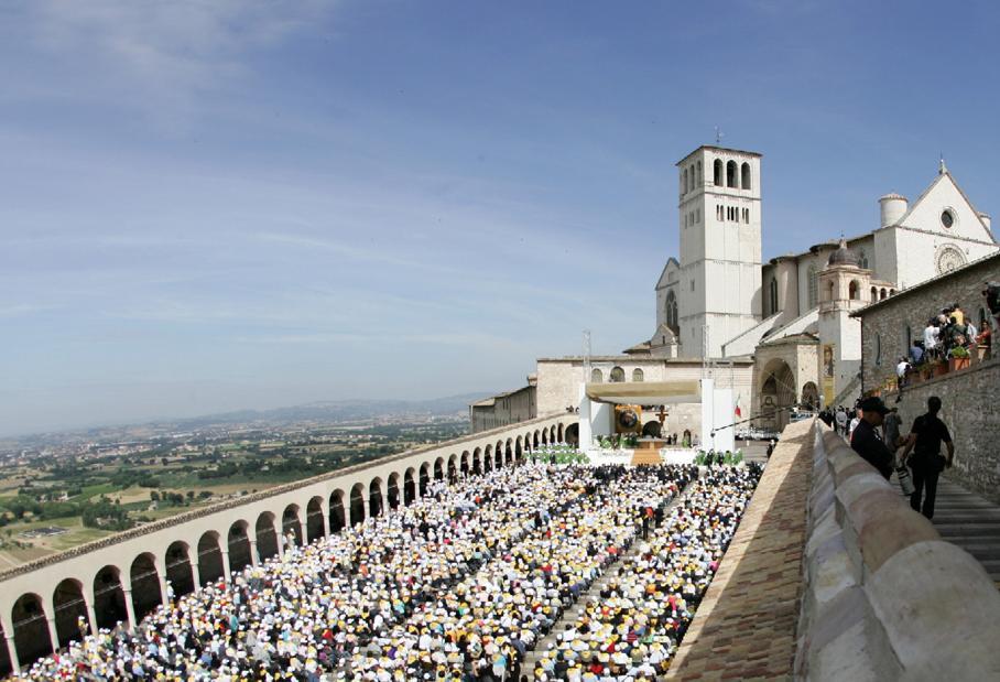 De la Maica Tereza la Bruce Springsteen: istoriile pelerinilor la Assisi