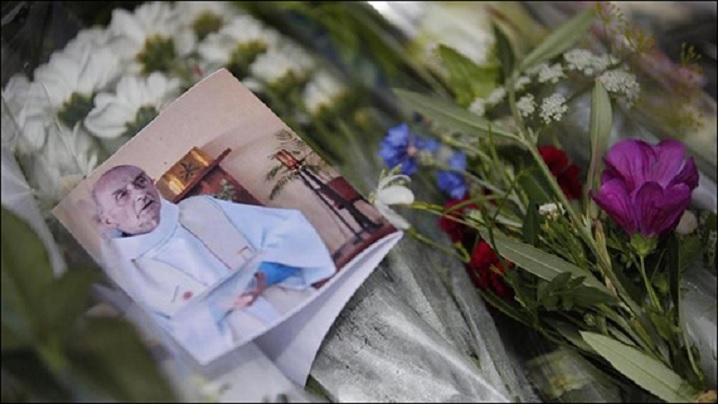 """""""Părintele Hamel ucis pentru a lovi Franţa şi convieţuirea dintre credinţe"""""""