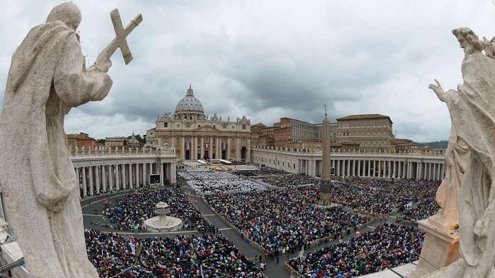 """Prezentarea Anuarului Pontifical 2019 şi a """"Annuarium Statisticum Ecclesiae 2017"""""""
