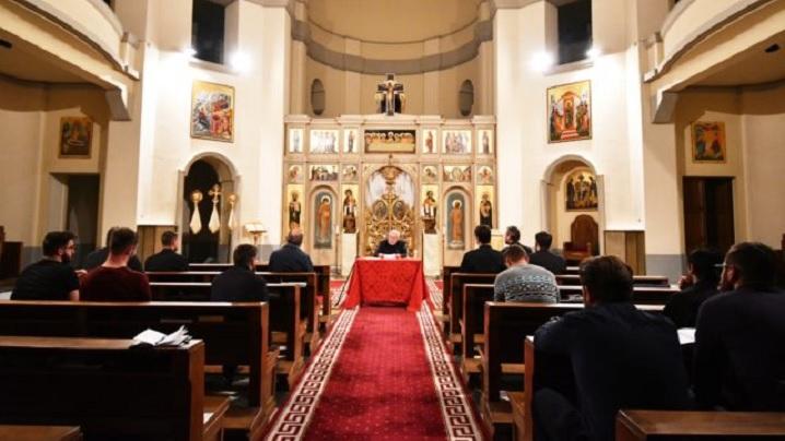 Conferință despre chemarea la preoţie la Colegiul Pontifical Pio Romeno