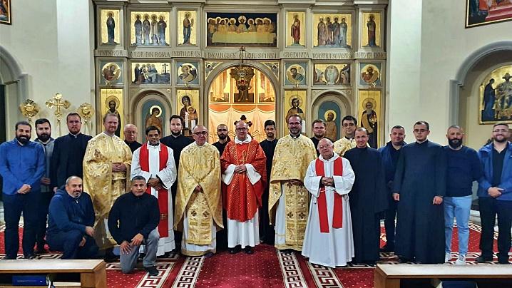 Pio Romeno: celebrare euharistică la început de an academic