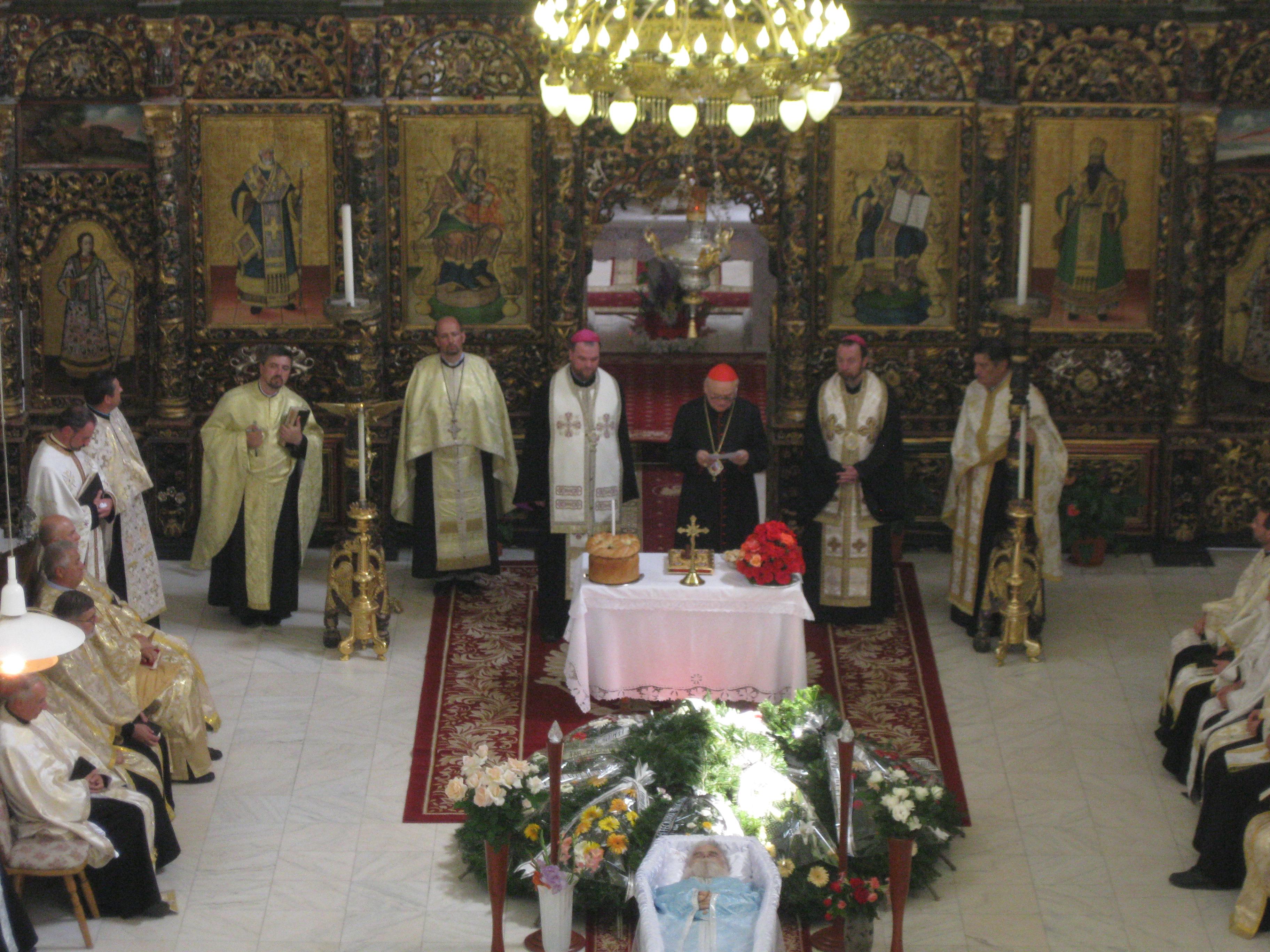 FOTO: Slujba înmormântării Pr. Jean Baptiste Robin