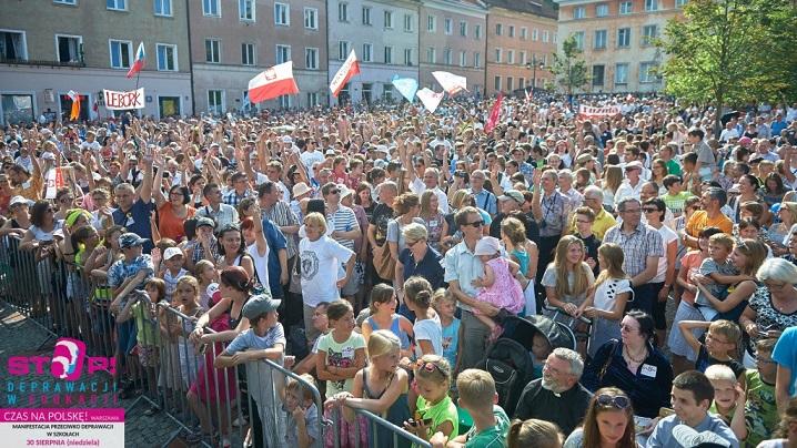 Protest masiv al părinţilor polonezi împotriva introducerii educaţiei sexuale în şcoli