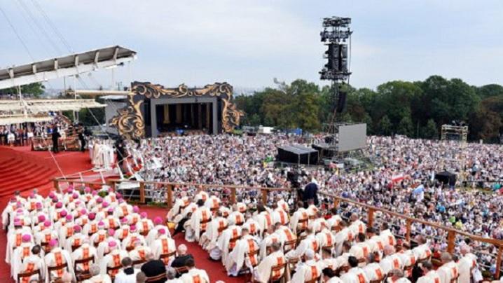 Polonia: episcopii susțin interzicerea avortului eugenic. Apel adresat parlamentarilor
