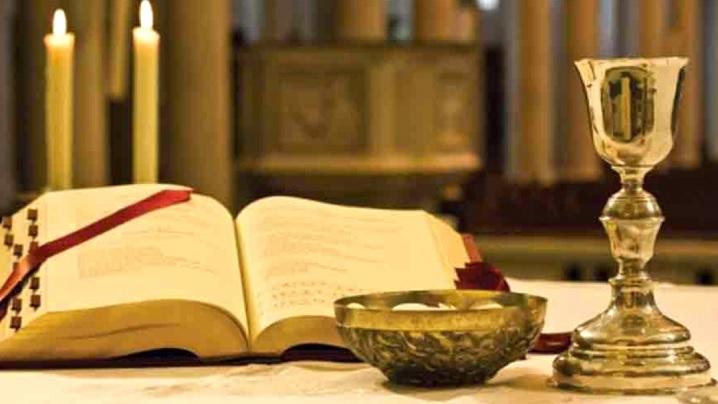 Scrisoare circulară adresată episcopilor privind pâinea și vinul pentru Euharistie