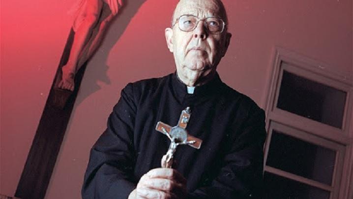 Cutremurătoarele dialoguri între diavol și exorcistul Vaticanului