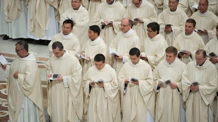 Ziua de rugăciune pentru sfinţenia preoţilor: Vocaţia, un dar aducător de bucurie şi forţă