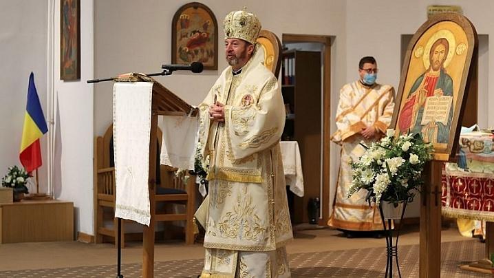 LIVE: Sfânta Liturghie. 30 de copii primesc Prima Împărtășanie solemnă