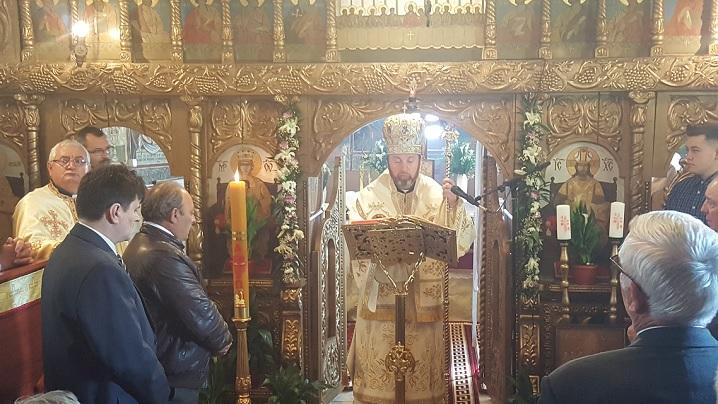 Vizită pastorală a Preasfinţiei Sale Claudiu la Teiuş