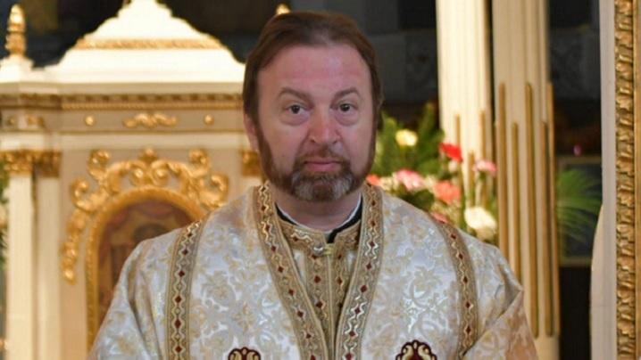 Un Dumnezeu care plânge împreună cu noi: Meditația PS Claudiu la Duminica a XX-a după Rusalii (AUDIO)