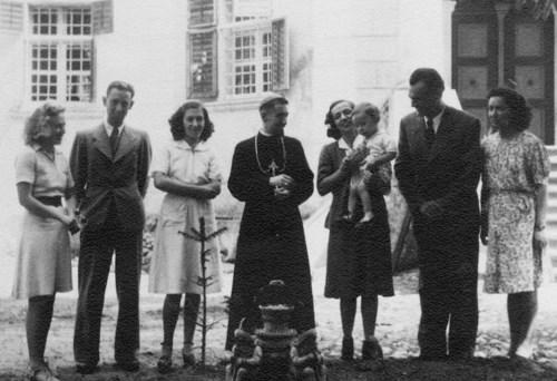 """TVR 2: """"Episcopul tinerilor: Ioan Suciu"""" - Memorialul durerii"""